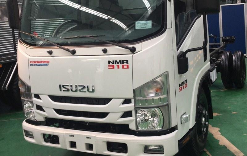 Xe tải Isuzu NMR Euro 4
