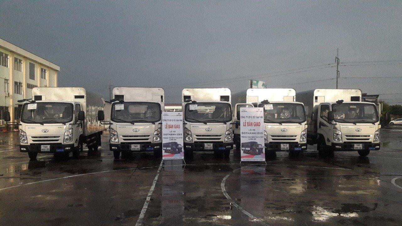 xe tải IZ65 thùng kín