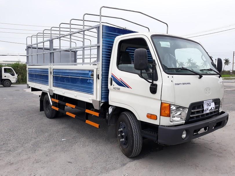 ban-xe-tai-hyundai-gia-tot-hd700-dong-vang-7-tan Xe tải hyundai: xe tải hyundai hd700 thùng mui bạt 7 tấn giá tốt | Đại lý ô tô tải