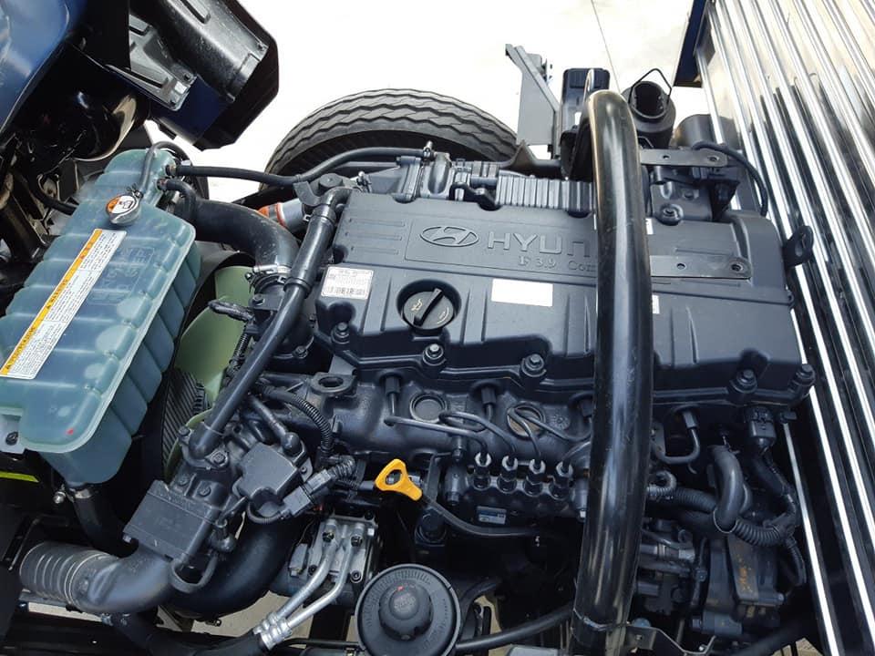 dong-co-hyunhdai-7-tan-110s4 Xe tải hyundai: Thùng Kín Inox 7 Tấn HYUNDAI NEW MIGHTI 110S  | Đại lý ô tô tải