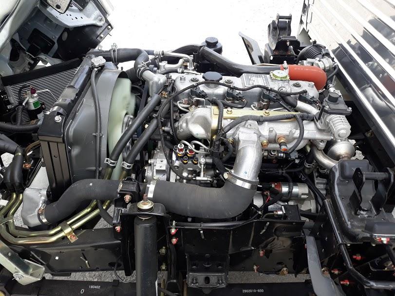 dong-co-xe-tai-vm-vinh-phat-thung-mui-bat Xe tải isuzu: xe tải isuzu 1990 kg 1t9 vm vinh phát thùng mui bạt 6m2 giá rẻ  | Đại lý ô tô tải