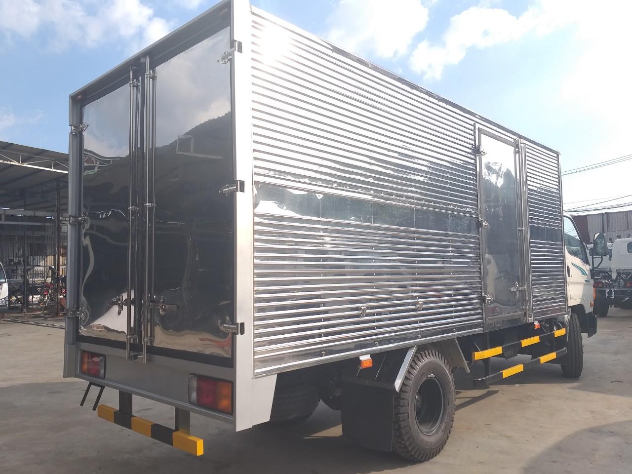 xe-tai-thung-kin-hyundai-110s Xe tải hyundai: Thùng Kín Inox 7 Tấn HYUNDAI NEW MIGHTI 110S  | Đại lý ô tô tải
